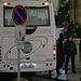 A helyszínre kiérkező rendőrök értesítették a Bevándorlási és Állampolgársági Hivatalt