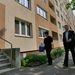 Molnár Gyula nem érkezett üres kézzel a Fehérvári úti panelhoz