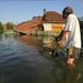 július 7. Több mint hetven épületet döntött romba a megáradt Sajó Felsőzsolcán    További képek az árvízről »