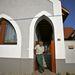 Ezt a házat Makovecz tervezte, de arra emlékezteti a tulajt, hogy miért halt meg édesanyja