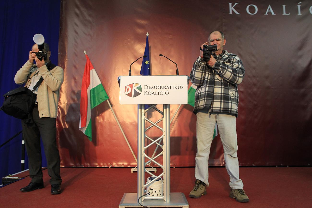 Gyurcsány Ferencet szereti a kamera