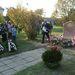 Pődör Gyula enyingi polgármester és Tom Noerring nagykövet leleplezik a dán ENSZ diplomata emlékkövét