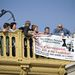 Egy négyfős csoport akarta megzavarni a rendezvényt egy transzparenssel, amit a hídról akartak lelógatni.