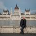 Egyelőre Budapesten csak látványosság a megáradt Duna