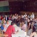 """A Coronel Du Gratyban még osztatlan csoport óramegbeszélése a """"nagy teremben"""", ahol a néptánc oktatás is zajlott"""
