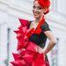 A budapesti Maksi Bence nappali fonott kontyát mutatja be Gergely Barbara