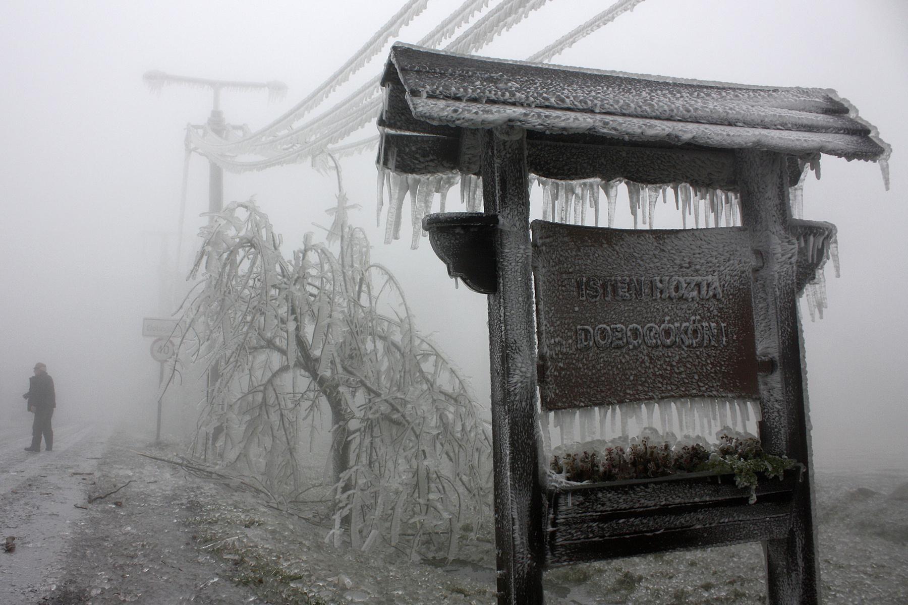 Index - Belföld - Dobogókőn beköszöntött a jégkorszak 7fb9670f59