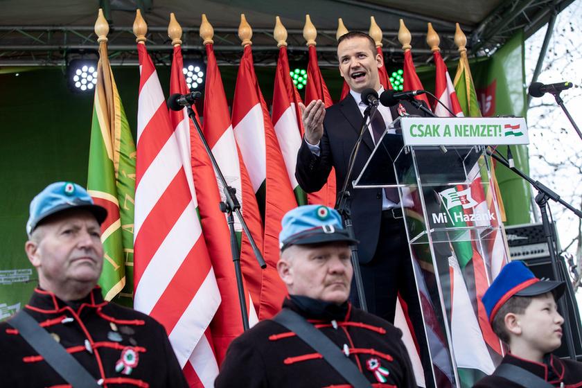 Orbán látványosan rálépett a fékre - 13
