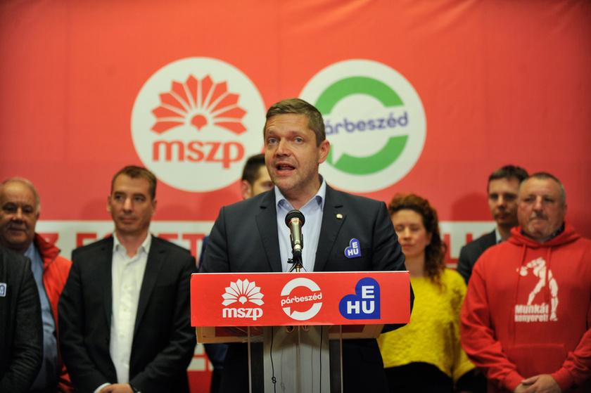 Klárára, a Fideszre és a karaktergyilkosságra mutogatnak - 1