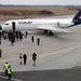 Debrecen 2006. március 27. A Malév Fokker típusú gépébe szállnak utasok amikor ismét elindult a menetrend szerinti légi közlekedés Debrecen és Budapest között.