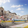 Budapest történelmi városrészeiben is gyönyörködhetnek majd mind az idelátogató nézők, mind pedig a versenyzők, akik az olimpiai falutól átlagosan 13 perc alatt elérhetik majd az egyes versenyhelyszíneket.  A látványtervek a Brick Visual közreműködésével készültek.