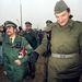 1989. november 12-ére már a keleti határőrök kedélyeskedtek a nyugatnémet rendőrökkel.