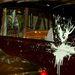 A tüntetők megtámadták a trónörökös, Károly és felesége, Camilla autóját is