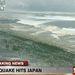 Cunami érte el Japán partjait, hajókat vetve partra és autókat sodorva magával