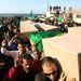 A líbiai kormány hivatalos közleménye szerint eddig száz civil halt meg a szövetségesek támadásaiban. Más forrás ezt egyelőre nem erősítette meg.