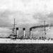 1903. Az Auróra cirkáló próbaúton. 14 évvel később, 1917 októberében az Auróra ágyúi jelezték az Októberi Forradalom kezdetét.