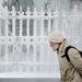 Az utóbbi hetven év leghidegebb tele sújtja Oroszországot, a hőmérséklet mínusz ötven fokig is süllyed - írja a Russian Times. A hidegnek már 45 halottja van, 266 ember került kórházba.