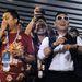 A koreai szupersztár, PSY volt az idei karnevál egyik díszvendége. A szambaiskoláknak presztízskérdés, hogy neves vendégekkel a soraikban jelenjenek meg a karneválon.