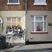 A házak többsége kétszobás, teraszos, de van pár háromszobás és néhány kisebb lakás is. Stoke-on-Trent város vezetése az intézkedéstől azt várja, hogy a rengeteg új lakó majd közösen szépíti meg a környéket.