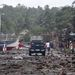 A Haiyan földcsuszamlásokat, áramszünetet, a távközlés megszakadását és eddig legkevesebb négy ember halálát okozta.