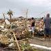 Máris legalább száz áldozatot követelt követelt az év legerősebb tájfunja. Idáig a Fülöp-szigetek középső részén lévő Tacloban környékén pusztított legkegyetlenebbül a Haiyan tájfun, itt száznál is több halottat hagyott maga után.
