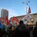 """A tüntetők között rengeteg  a maszkos, bakancsos szkinhed fiatal, és a """"klasszikus"""" b-közepes futballhuligán – írta a helyszínről tudósítónk, aki a Jobbik harminc fős csoportját is felfedezte a tömegben."""