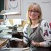 Annette Gabbedey ujjak nélkül született, így is sikeres ékszerész