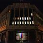 A krími parlament transzparenciát sugárzó épületére már kirakták az orosz zászlót