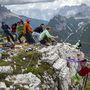 Nemzetközi highline-találkozó az olaszországi Misurina közelében lévő Monte Piana hegyen