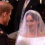 Harry és Meghan az oltárnál.