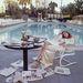 Faye Dunaway az 1977-es díjátadót követő reggel: unalom, fáradtság, reggeli újságok és az Oscar-szobor társaságában, mellyel a Hálózatban nyújtott alakításáért jutalmazták.