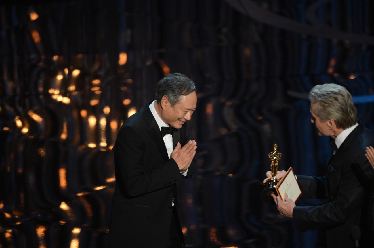 Ben Géza Affleck az este győztese. Az Argo lett 2012. legjobb filmje