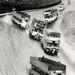 Az emeletes buszok versenye 1932-ben. Nem egészen így nézett ki, az izgalmakat utólag fokozták egy kis utómunkával, amit viszont nem lepleztek annyira