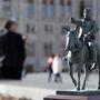 Orbán Viktor szamaras szobrának makettje