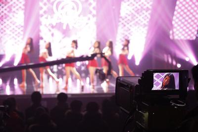 A Gfriend rajongótábora a The Show című műsor felvételén.