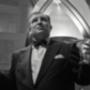 Hal B. Wallis a Casablanca producere, a kor második legbefolyásosabb filmkészítője (színész: Scott Alexander Young)