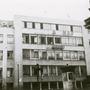 A Hírlapkiadó Vállalat székházának Blaha Lujza téri homlokzata az átalakított felirattal 1956. október 30-án.
