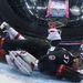A kanadai Patrice Bergeron esik be az osztrákok kapujába