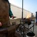 Varga Ferenc kovács kihelyezett pályaszéli műhelyében készülnek a mini szerencse patkók