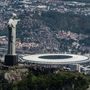 Brazília két jelképe: a Megváltó Krisztus-szobor és a Maracaná Stadion Rio de Janeiróban.