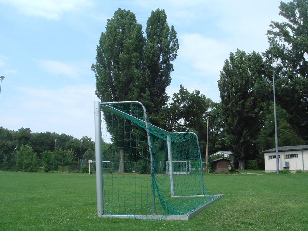 Futballkapu már csak ideiglenes jelleggeli