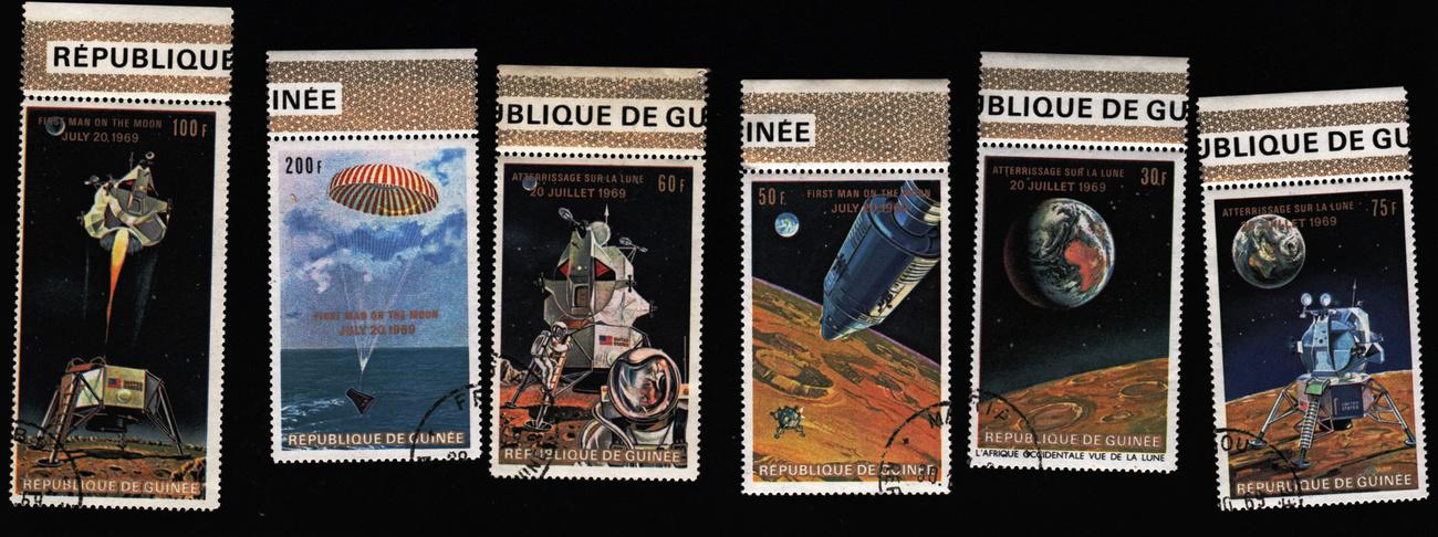 Bélyegeken is ünnepelte a világ az Apollo-11 hőseit - 11