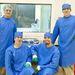 2011. december 6. Európai Űrkikötő, Kourou, Francia Guiana. A Masat-1 csapat két tagja (Marosy Gábor, Czifra Dávid; bal és jobb oldalt ülnek) az ESA Oktatási Osztályának szakembereivel a Masat-1 integrálása után.