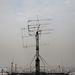 Az E épület tetején van a Masat-1 földi állomásának antennarendszere.