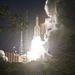 Az Ariane-5 akár húsz tonnányi terhet is képes az űrbe juttatni.