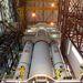És az épület nagy csarnokában ott áll a következő Ariane-5.