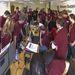 Kapcsolatfelvétel a Mission Support Centerben Chris Hadfield, kanadai űrhajóssal az első lépések megtétele előtt.