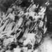 Tömegsír meggyilkolt vagy az éhezésbe belehalt zsidókkal a gettóban.