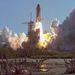 1984. augusztus 30. A Discovery első startja. Az STS-41-D a 12. repülése a háromtagúvá (Columbia, Challenger, Discovery) bővült flottának.