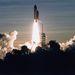 1994. február 3. Az STS-60-as küldetés, a 60. űrsiklórepülés startja. történelmi pillanat: először megy orosz űrhajós - Szergej Krikaljev - amerikai űrhajóval az űrbe